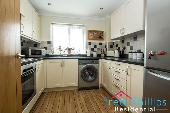 Thumbnail Maisonette for sale in Old Market Road, Stalham, Norwich