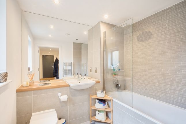 Bathroom of Oval Quarter, Camberwell, London SW9