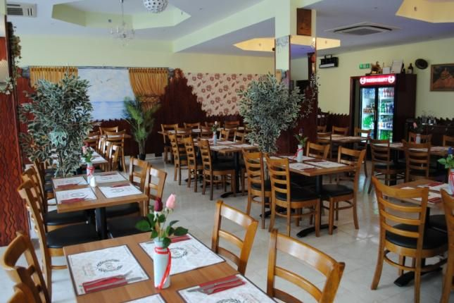 Thumbnail Restaurant/cafe to let in High Road, Chadwell Heath