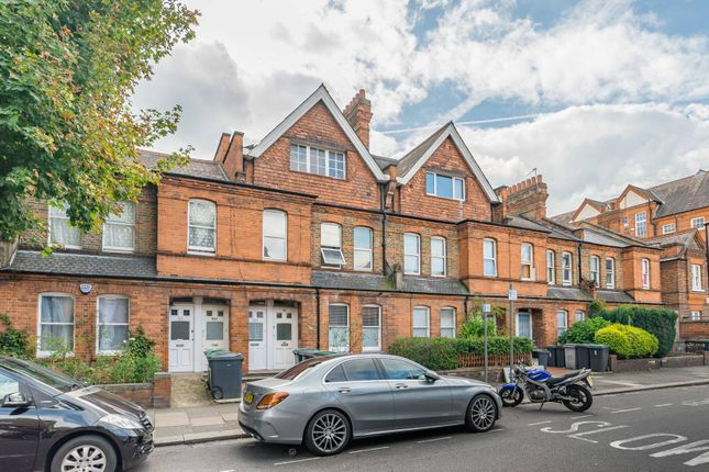 Thumbnail Flat for sale in Gladstone Avenue, Wood Green, London