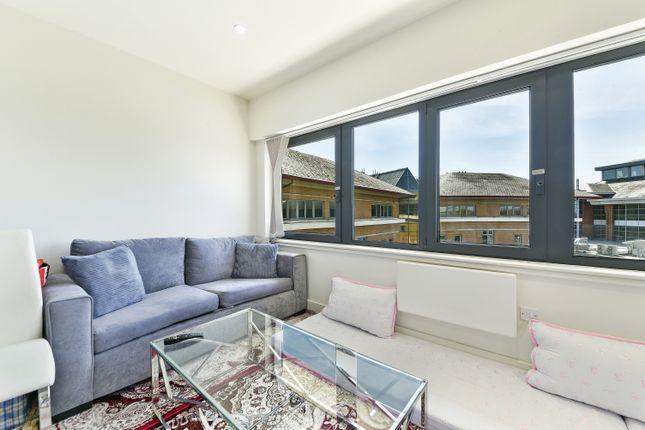 Thumbnail Flat to rent in Samsonite House, Mondial Way, Harlington