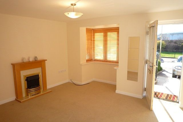 1 bed property to rent in Chadwick Way, Hamble, Southampton SO31
