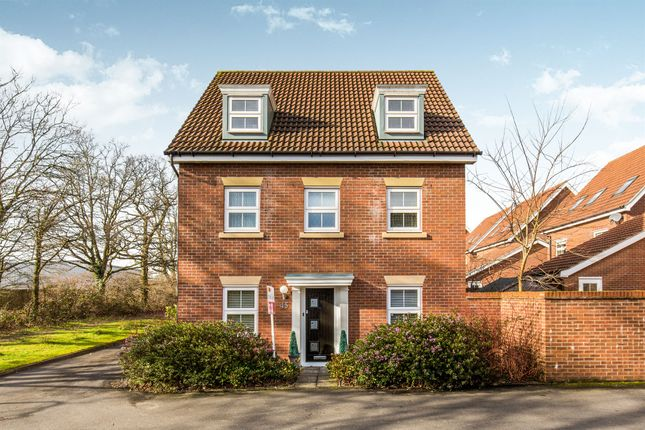 Thumbnail Detached house for sale in Hansen Gardens, Hedge End, Southampton