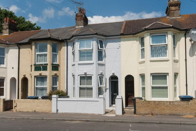 Thumbnail Terraced house for sale in Gilford Road, Deal