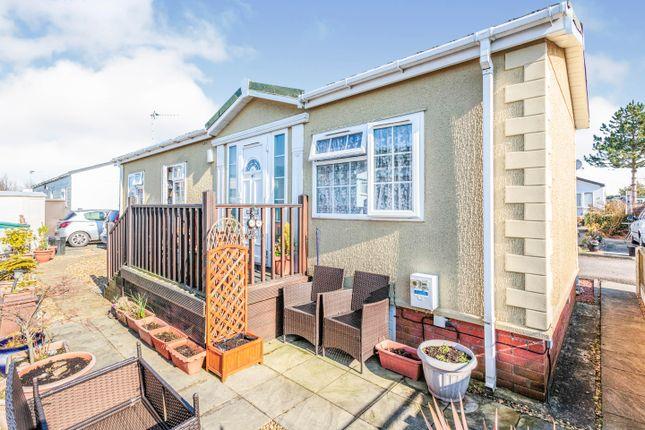 2 bed mobile/park home for sale in Sower Carr Lane, Hambleton, Poulton-Le-Fylde FY6