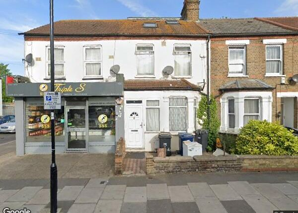 Thumbnail Terraced house to rent in Regina Road, Southall