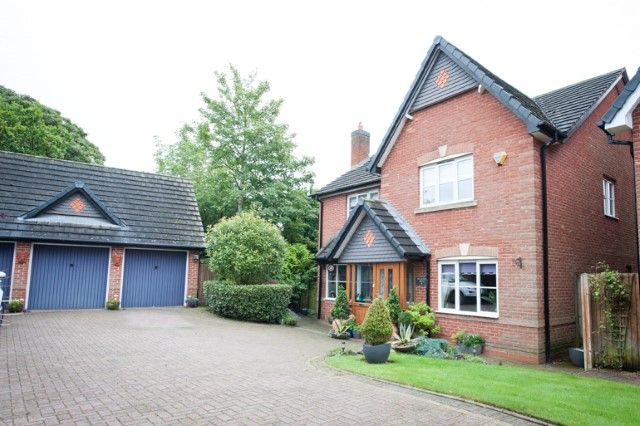 Thumbnail Detached house for sale in Hollyfield Court, Sutton Coldfield