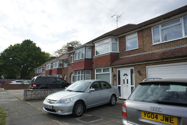 Thumbnail Property to rent in Avenue Crescent, Cranford, Middlesex