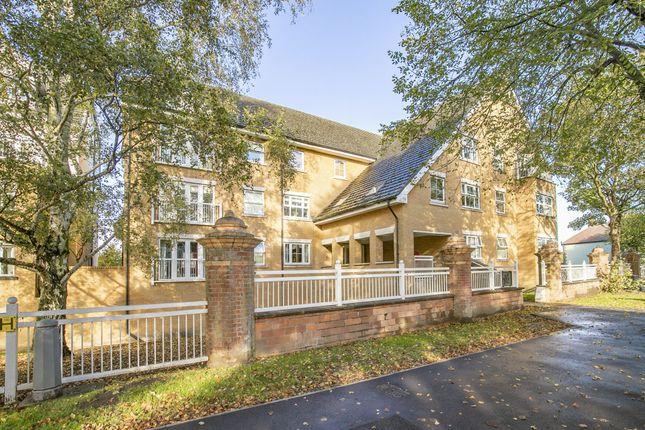 1 bed flat for sale in Stag Lane, Buckhurst Hill IG9