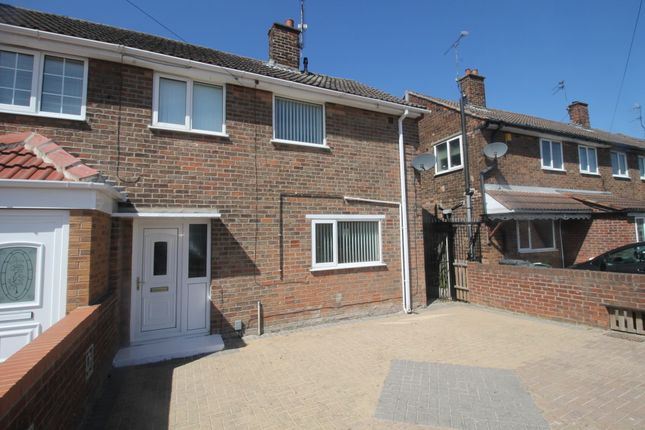 3 bed end terrace house to rent in Burnham Grove, Scawthorpe, Doncaster DN5