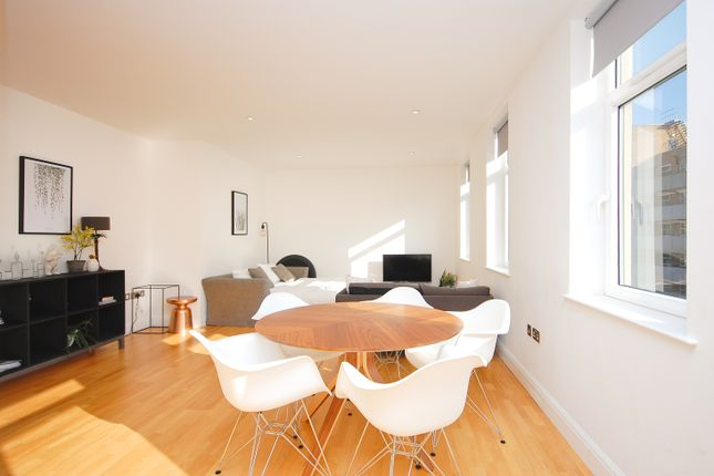 2 bed flat to rent in 94 Banner Street, Shoreditch