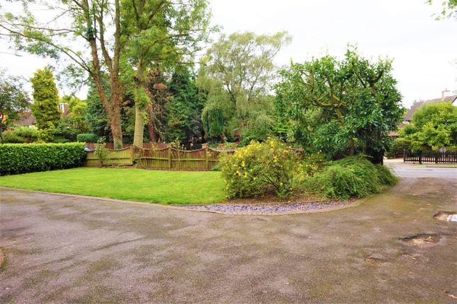 Front Garden of Overslade Lane, Rugby CV22