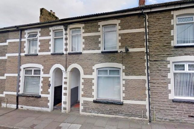 3 bed property to rent in Henry Street, Bargoed CF81