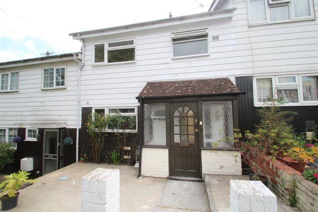 Thumbnail Property to rent in Sempill Road, Hemel Hempstead