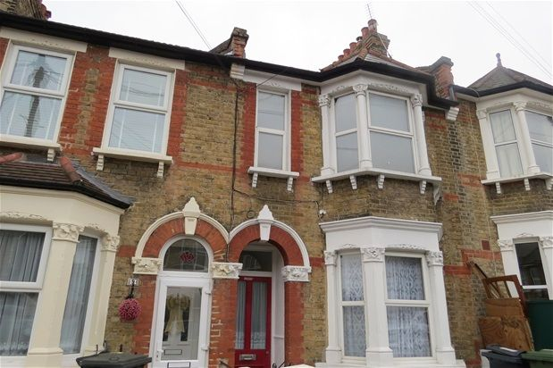 Thumbnail Property to rent in Glenwood Road, London