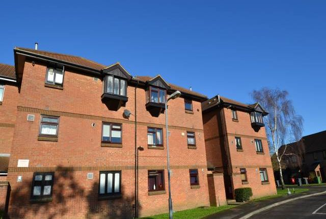 Thumbnail Flat to rent in Vicarage Way, Colnbrook, Berkshire