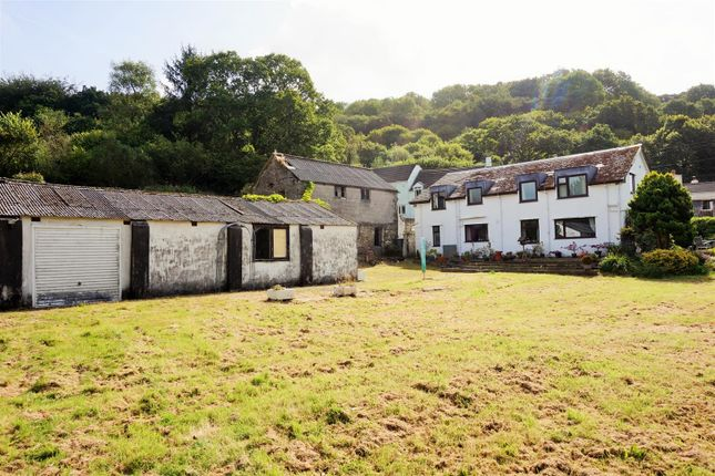 Thumbnail Country house for sale in Landlooe Bridge, St. Keyne, Liskeard