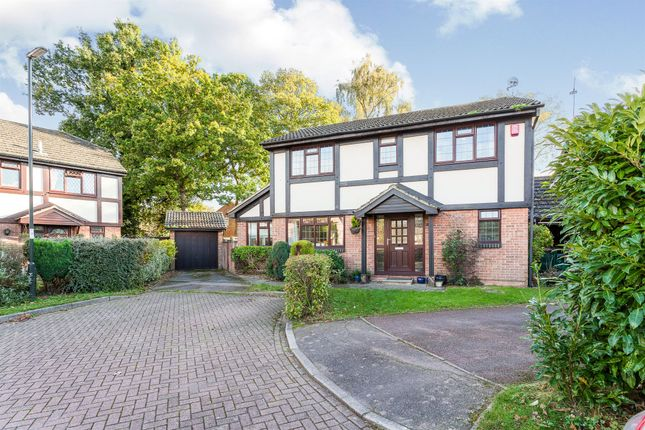 4 bed detached house for sale in Horndean Close, Crawley