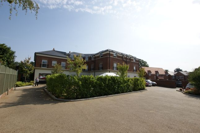 Thumbnail Flat for sale in Dairy Walk, Hartley Wintney, Hook