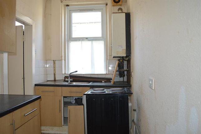 Kitchen of Cedar Street, Halifax HX1
