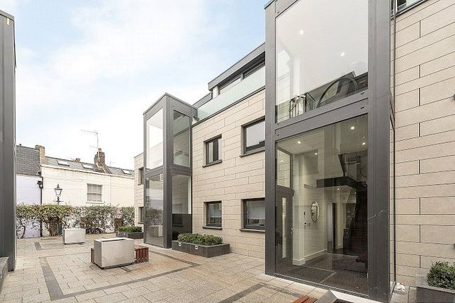 Thumbnail Property for sale in Wiblin Mews, Kentish Town, London