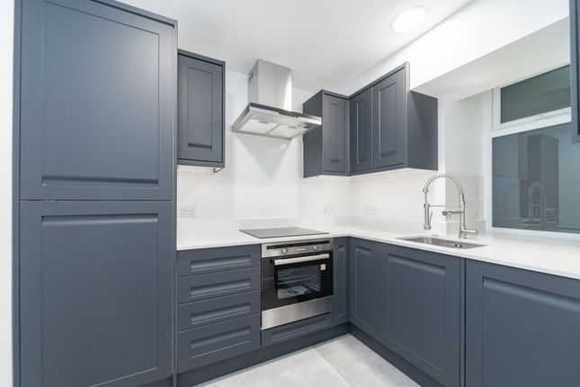 1 bed flat for sale in Abbey Road, St Johns Wood NW8