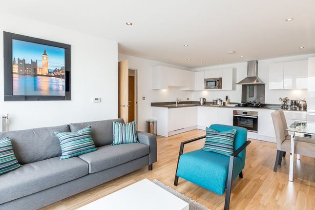 Thumbnail Flat to rent in New Capital Quay, Greenwich