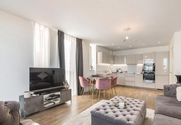 Thumbnail Flat to rent in Ossel Court, 13 Telegraph Avenue