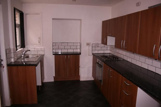 Thumbnail Terraced house to rent in Cemetery Road, Manchester, Greater Manchester