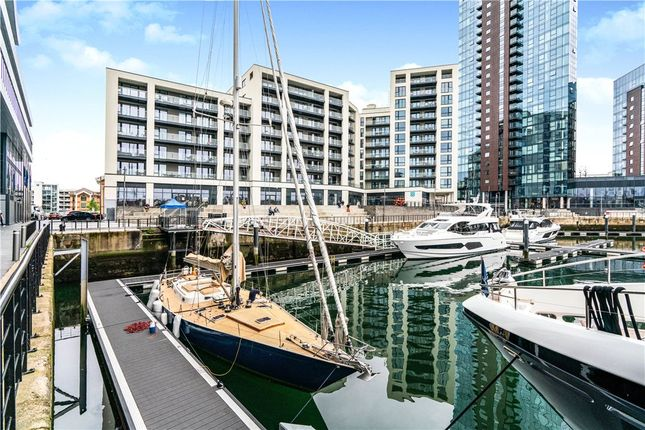 Thumbnail Flat for sale in Alexandra Wharf, 1 Maritime Walk, Southampton