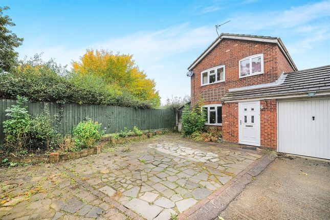 3 bed link-detached house for sale in Bevil, Freshbrook, Swindon