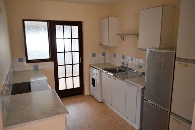 Photo 3 of 2 Bedroom Flat, Vicarage Lawn, Barnstaple EX32