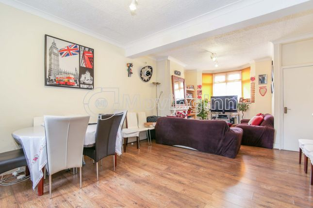 Thumbnail Terraced house for sale in Maple Road, Penge
