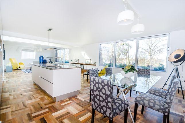 Thumbnail Flat to rent in Heathfield Terrace, London