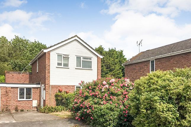 Thumbnail Flat to rent in 16 Westerham Close, Canterbury, Kent