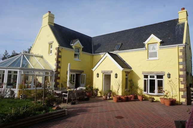 Thumbnail Property for sale in La Rue Des Platons, Trinity, Jersey