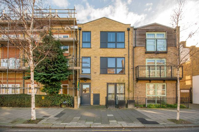 1 bed flat for sale in Larkhall Lane, Clapham
