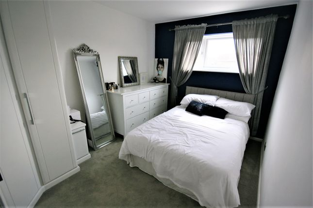 Bedroom Two of Turners Close, Ongar CM5