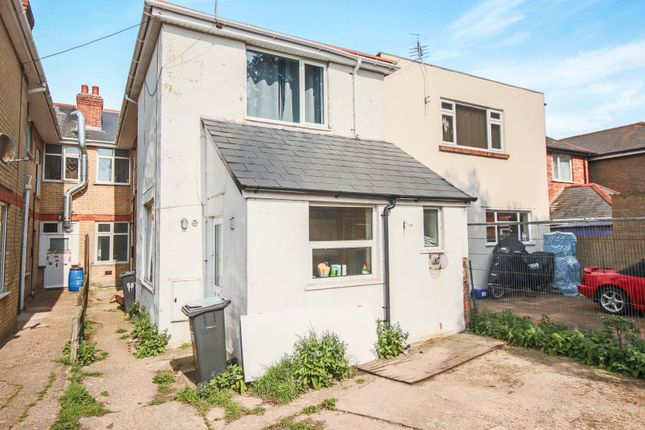 Thumbnail Flat for sale in Cranleigh Road, Bournemouth
