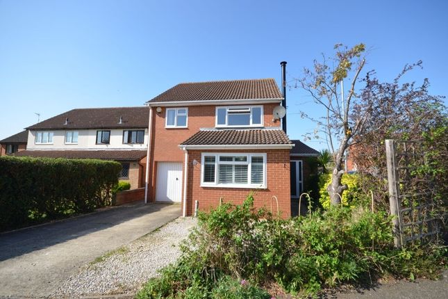 Thumbnail 4 bed detached house to rent in Wildern Lane, East Hunsbury, Northampton