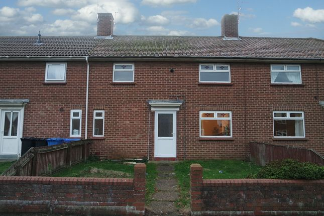 Thumbnail Terraced house to rent in Notley Road, Lowestoft