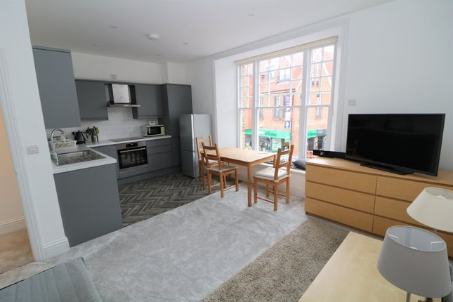 1 bed flat to rent in The Chine, High Street, Dorking RH4