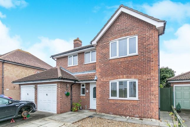 Thumbnail Detached house for sale in Kings Road, Southminster