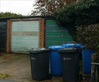 Commercial property to let in 1 Stafford Street Garages, Nelson