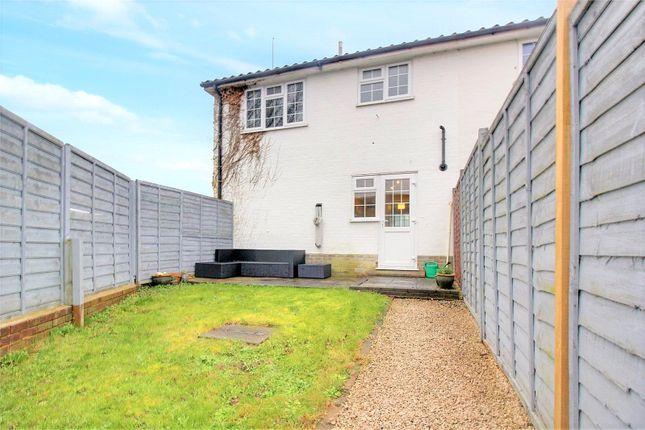 Picture No. 28 of Longridge Close, Reading, Berkshire RG30