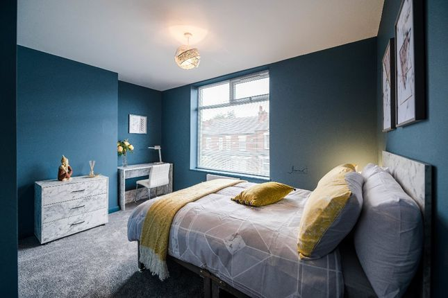 Thumbnail Flat to rent in Stanley Road, Walkden
