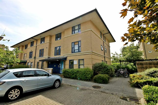 Thumbnail Flat to rent in Buckingham House, Central Milton Keynes, Bucks