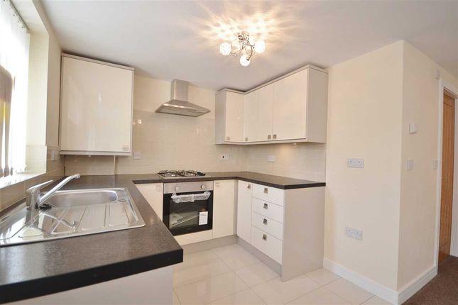 Thumbnail Flat to rent in Albert Street, Chorley