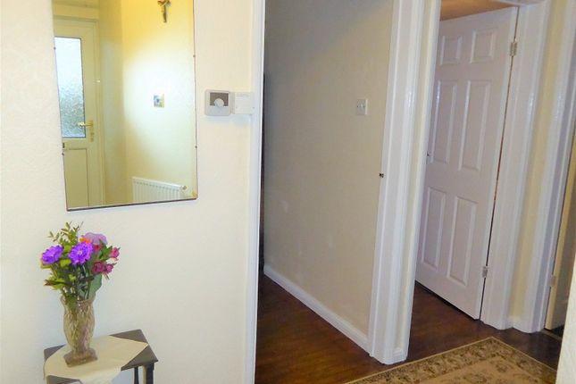 St Johns Drive Porthcawl Bridgend Cf36 2 Bedroom Semi Detached