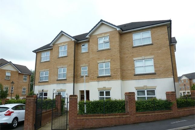 Thumbnail Flat to rent in Hampstead Drive, Whitefield, Manchester